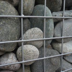 Камень
